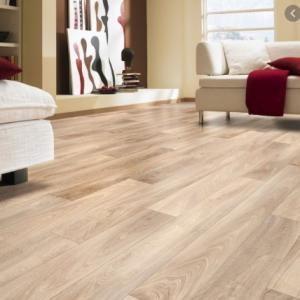 Empresa que instala piso vinílico
