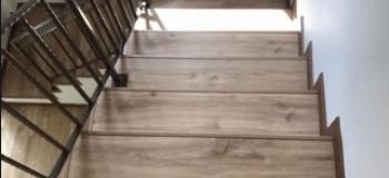 Instalação de vinilico em escadas
