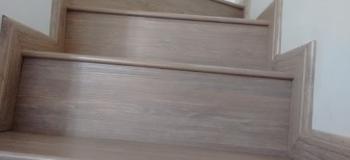 Piso laminado para escada